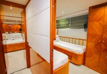 thumbnail-10 Azimut 100.0 feet, boat for rent in Miami Beach,