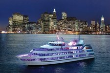 The perfect boat for large events in New York