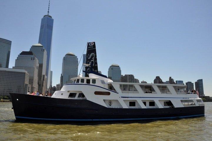 This 120.0' Bender cand take up to 140 passengers around New York