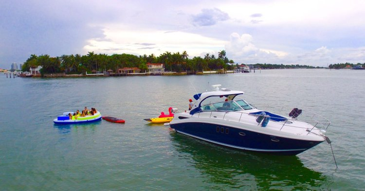 Party Boat Rental - Fun Cruiser for Miami!