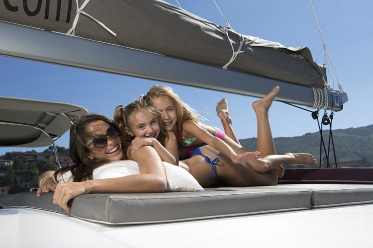 Discover St. John's surroundings on this Flybridge Bali 4.5 boat