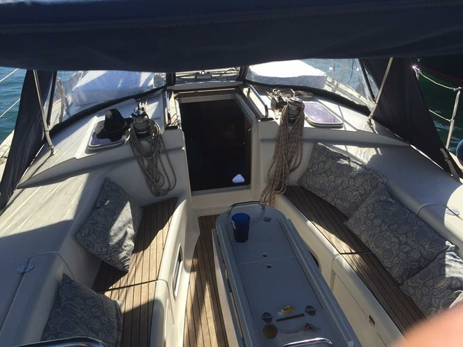This 44.0' Bavaria cand take up to 8 passengers around Ibiza