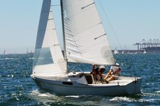 Sail Long Beach in this great all-around boat!