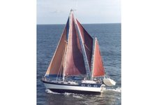 See the Crystal Coast under sail aboard this 41' custom ketch!
