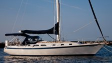 Set sail on NY Harbor aboard this beautiful and luxurious sailboat