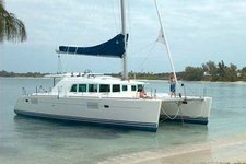 Explore La Paz Mexico on this gorgeous 45' Catamaran