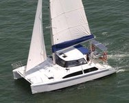 Cruise San Diego in this sporty yet comfortable Cat