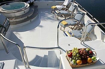 Discover Miami Beach surroundings on this 120 Oceanfast boat