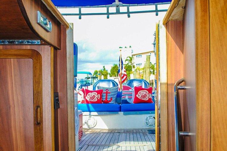 Express cruiser boat rental in North Bay Village, FL