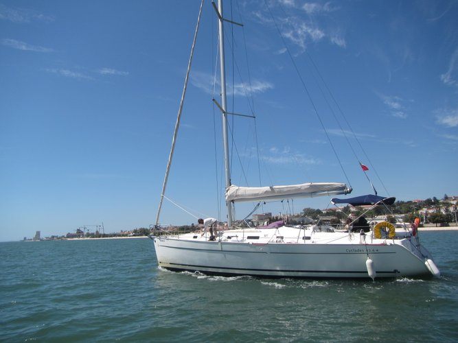 43.4 feet Beneteau in great shape
