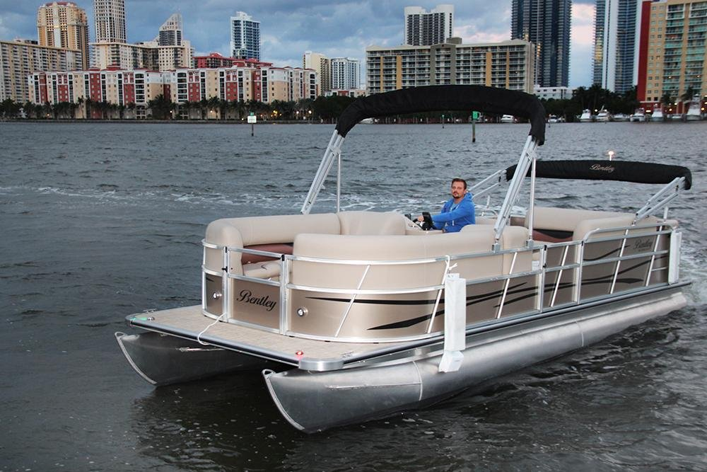 Bentley Pontoon Boats >> North Miami Beach boat rental Sailo | North Miami Beach, FL, Pontoon boat 643