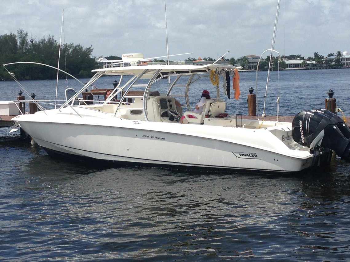 Rent a boston whaler 320 outrage cuddy 32 39 motorboat in for Motor boat rental boston