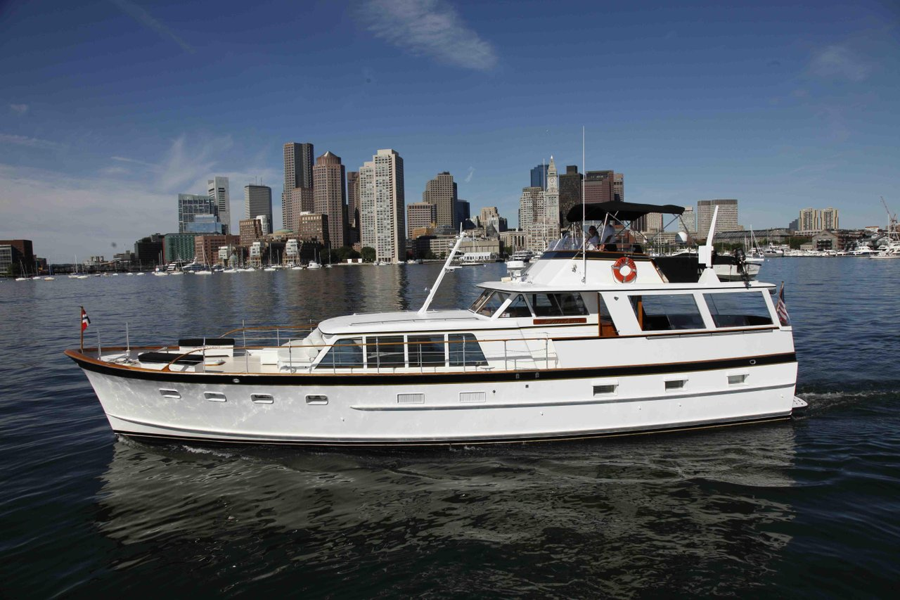 luxury boat rentals boston ma burger motor yacht 1046