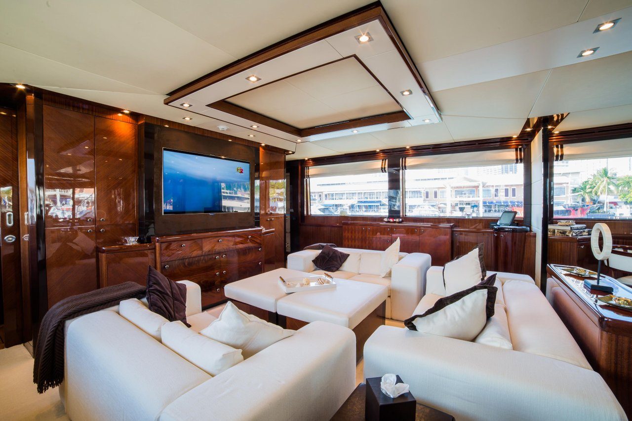 Luxury Boat Rentals Miami FL