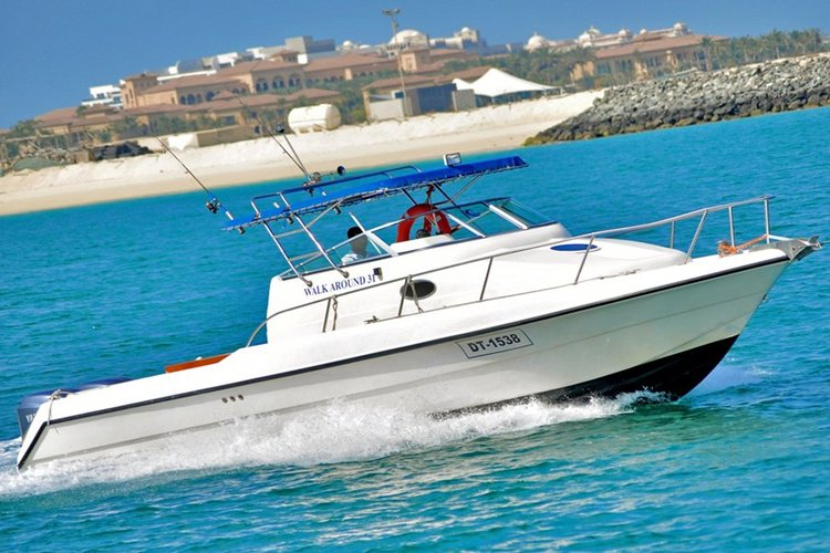 Performance fishing boat for rent in Dubai