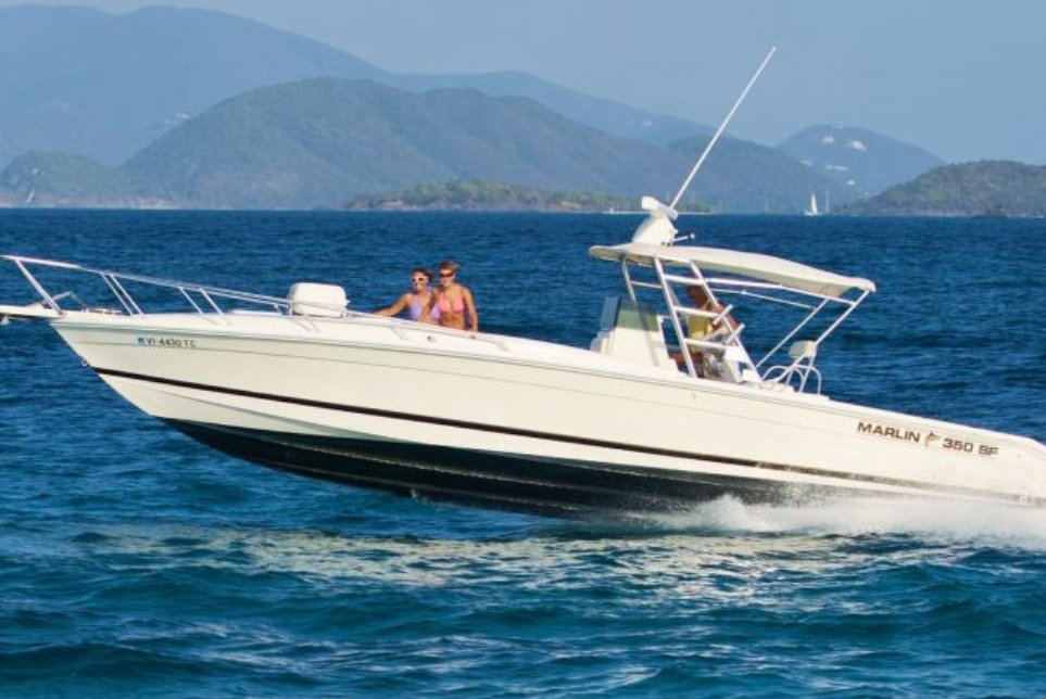 Rent a marlin 350 sf 35 39 motorboat in red hook vi on sailo for Fishing boat rentals near me