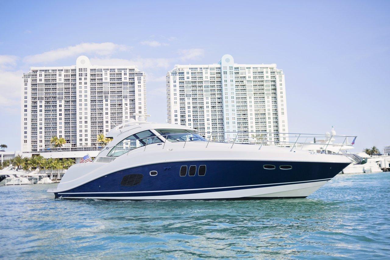 Charter 60ft Sea Ray Sundancer- Pristine shape!