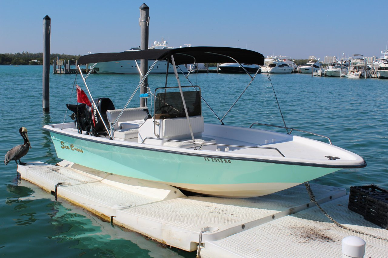 Miami beach boat rental sailo miami beach fl aluminum for Fishing boat rental
