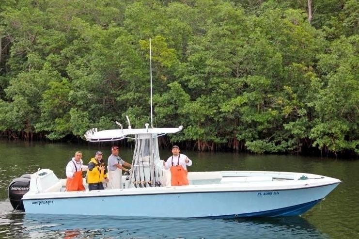 Miami boat rental sailo miami fl center console boat 867 for Miami fishing party boat