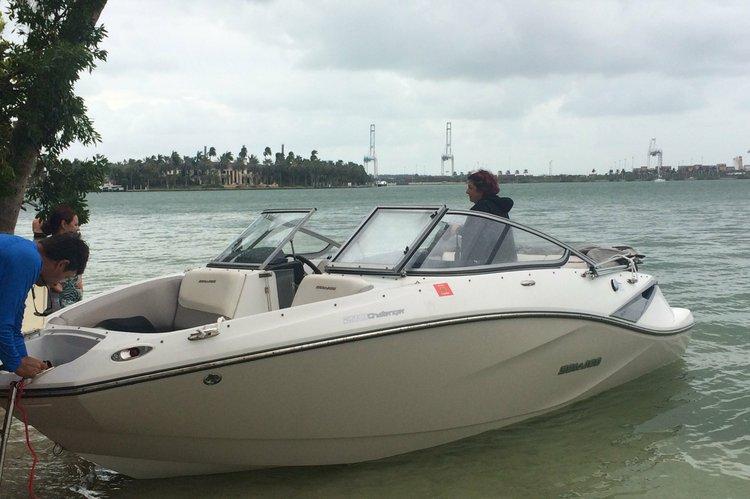 This 21.0' seadoo cand take up to 8 passengers around North Miami