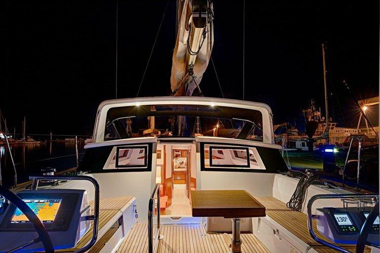 Boat rental in Santa Fe Playa,