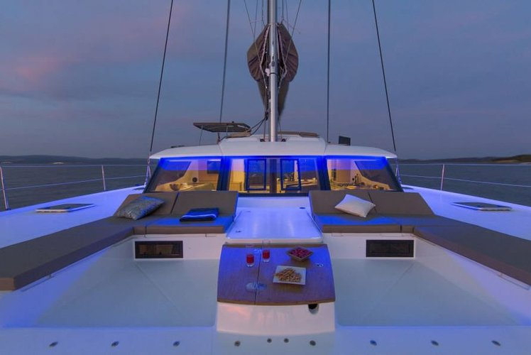 Discover Santa Fe Playa surroundings on this SABA 50 Fountaine Pajot boat