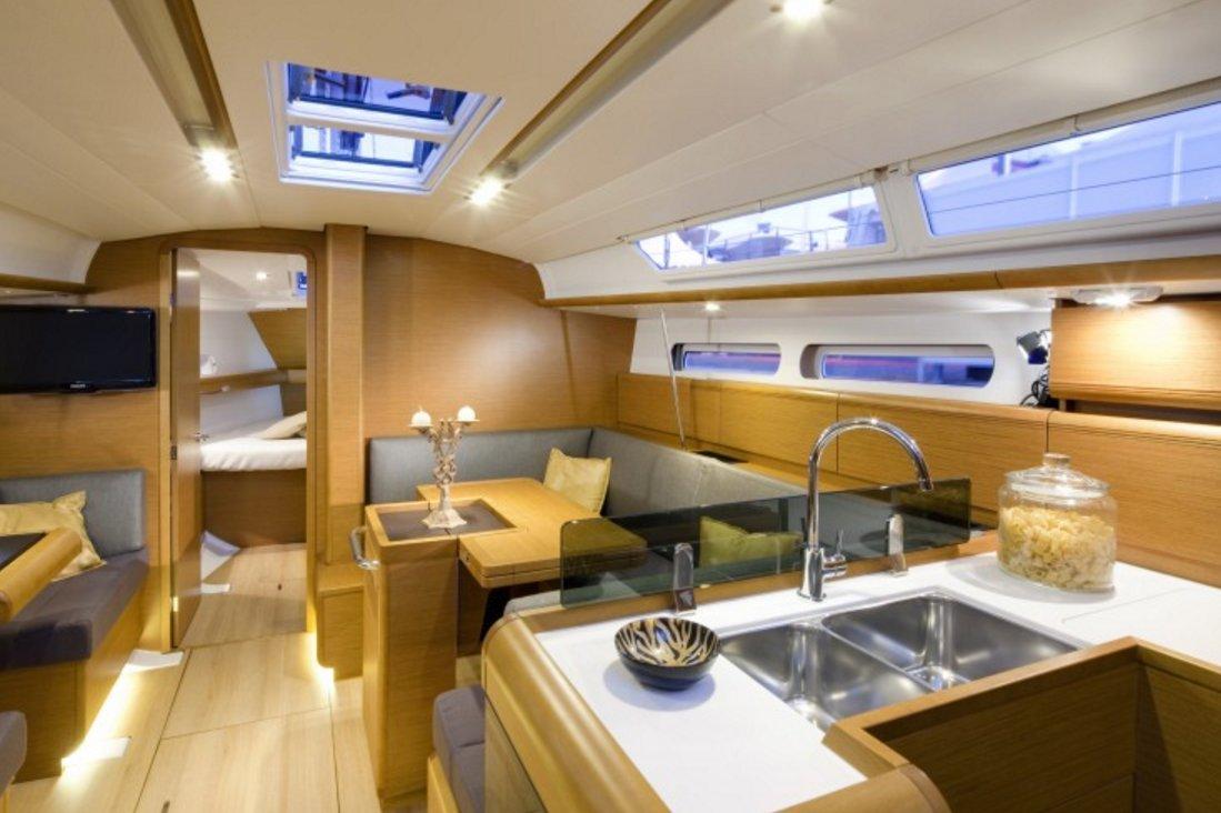 rent a jeanneau sun odyssey 409 40 sailboat in fort lauderdale fl