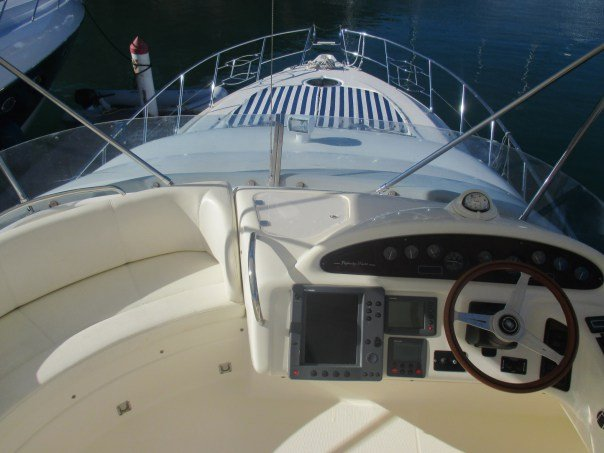 Convertible boat for rent in Tortola