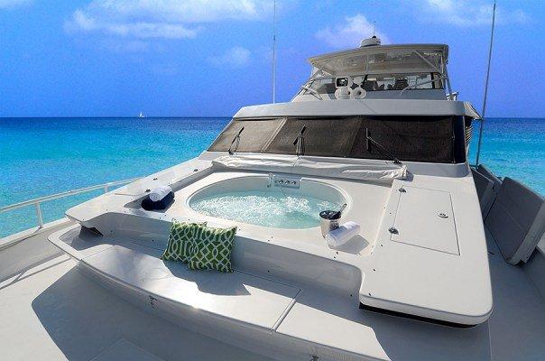 92.0 feet Tarrab Yachts in great shape