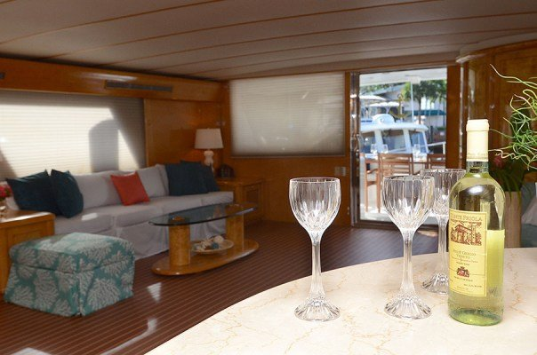 Discover Tortola surroundings on this Custom Tarrab Yachts boat