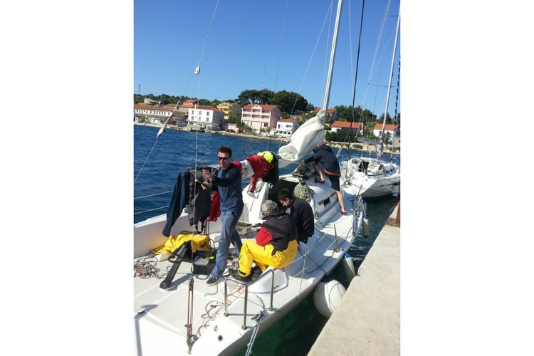 Discover Zadar region surroundings on this Fast wave 30 Justin yachts boat