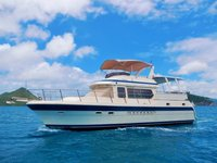 Take a trip to the Caribbeans in this spacious yacht