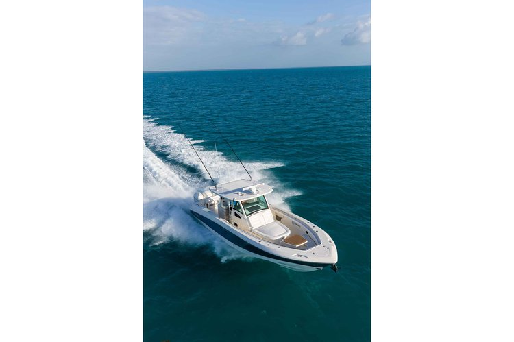 Center console boat for rent in Miami Beach