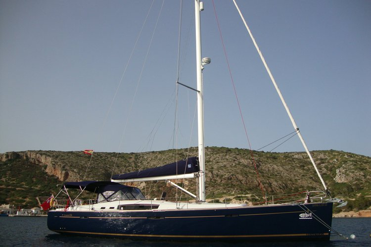 Set Sail in Mallorca aboard this Beautiful Beneteau 54