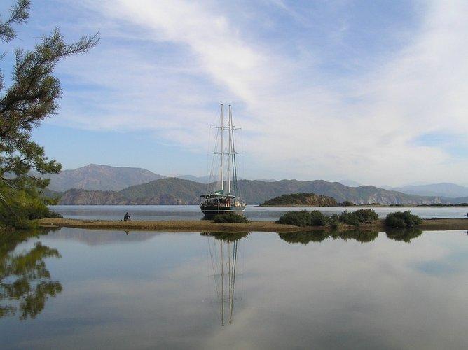 Fethiye shipyard's 77.0 feet in Mykonos