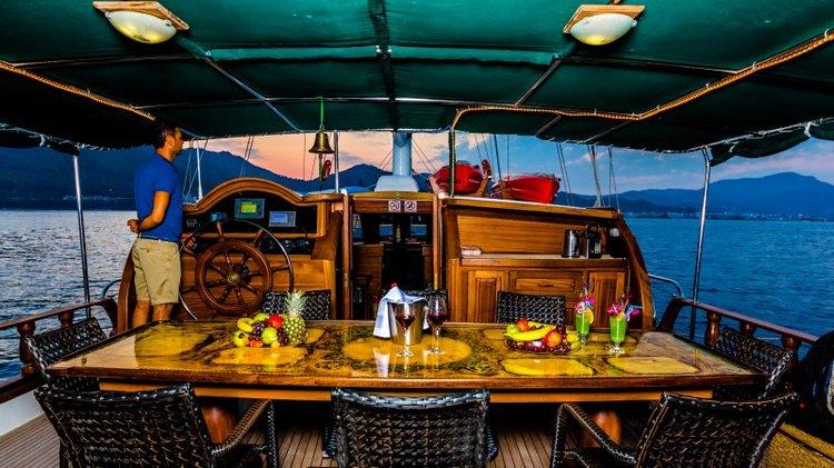Discover Mykonos surroundings on this Greek flag Fethiye shipyard boat