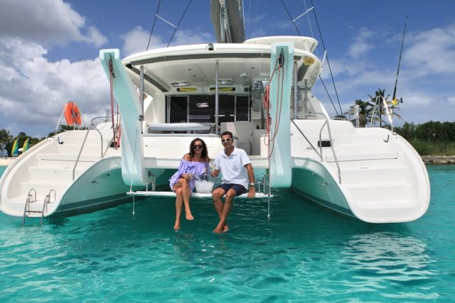 Discover St. Martin surroundings on this 4600 Moorings boat