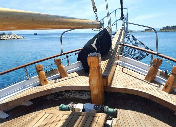 Boat for rent 1996 70.0 feet in hvar,