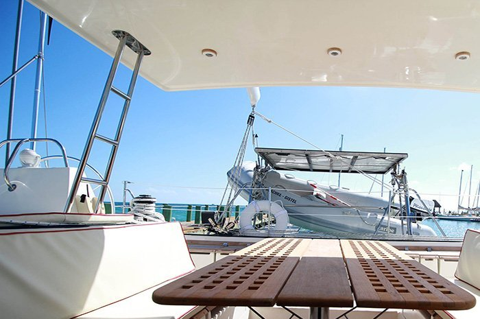 Discover Cancun surroundings on this 50 Custom boat