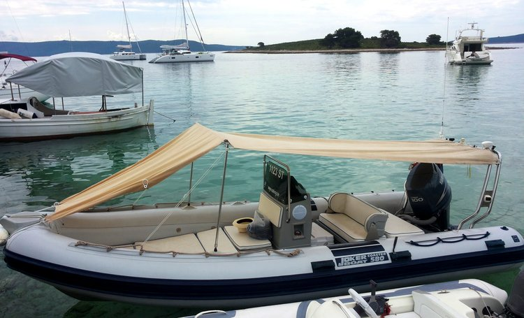 Inflatable outboard boat for rent in Slatine, Split