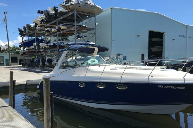 Cruiser boat for rent in North Miami