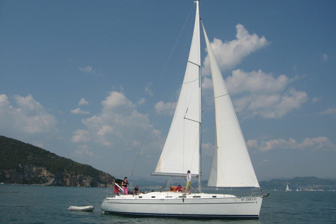 Genova Cyclades 43 3 Sailboat 43 0 Rental 5943 Sailo