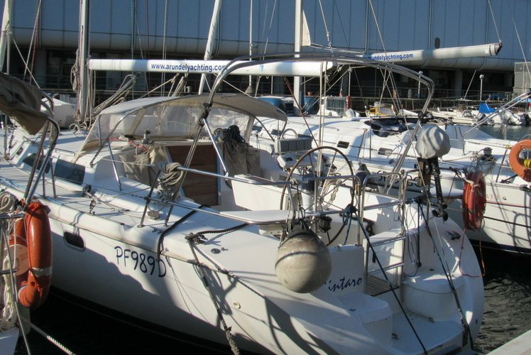 Cruiser boat rental in Genoa, Italy