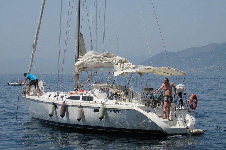 Catalina's 42.0 feet in Genoa