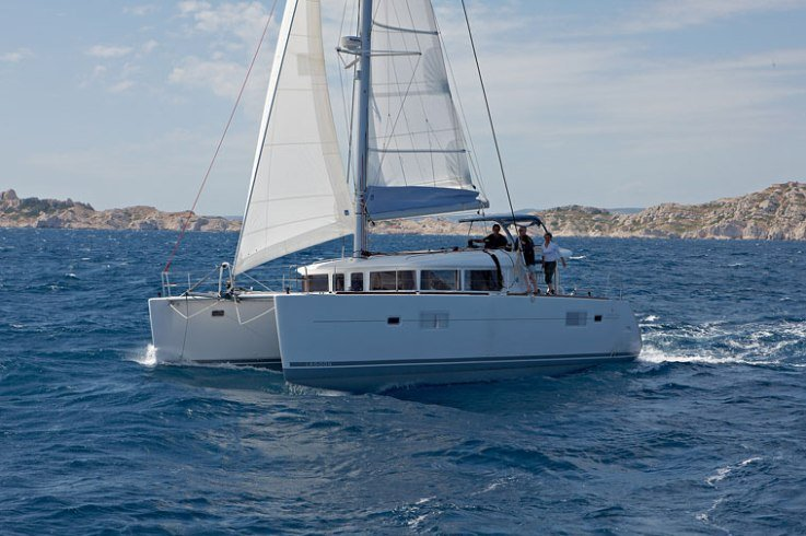 Beautiful Lagoon 400 in Ibiza For You!
