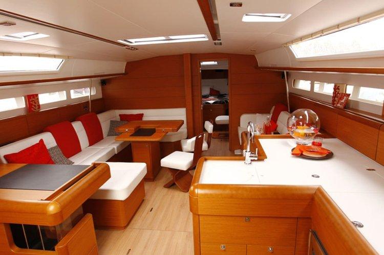 Classic boat for rent in Palma de Mallorca