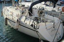 Bareboat 35 feet sailing boat in Genoa (Italy)