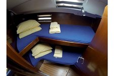thumbnail-3 Oceanis 41.8 feet, boat for rent in , ES