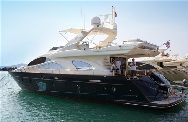 78.0 feet Azimut / Benetti Yachts in great shape