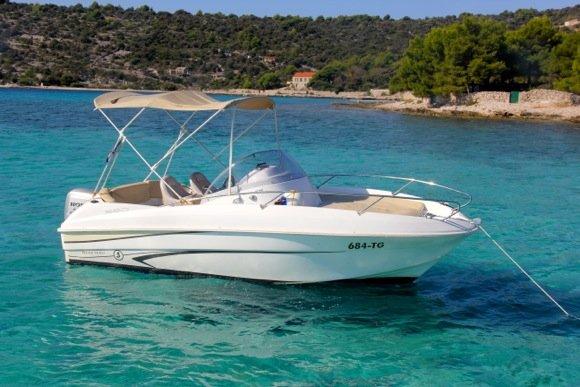 Boat for rent Bénéteau 18.0 feet in Marina Trogir – ACI,